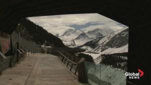 Glacier Skywalk  along Icefields Parkway