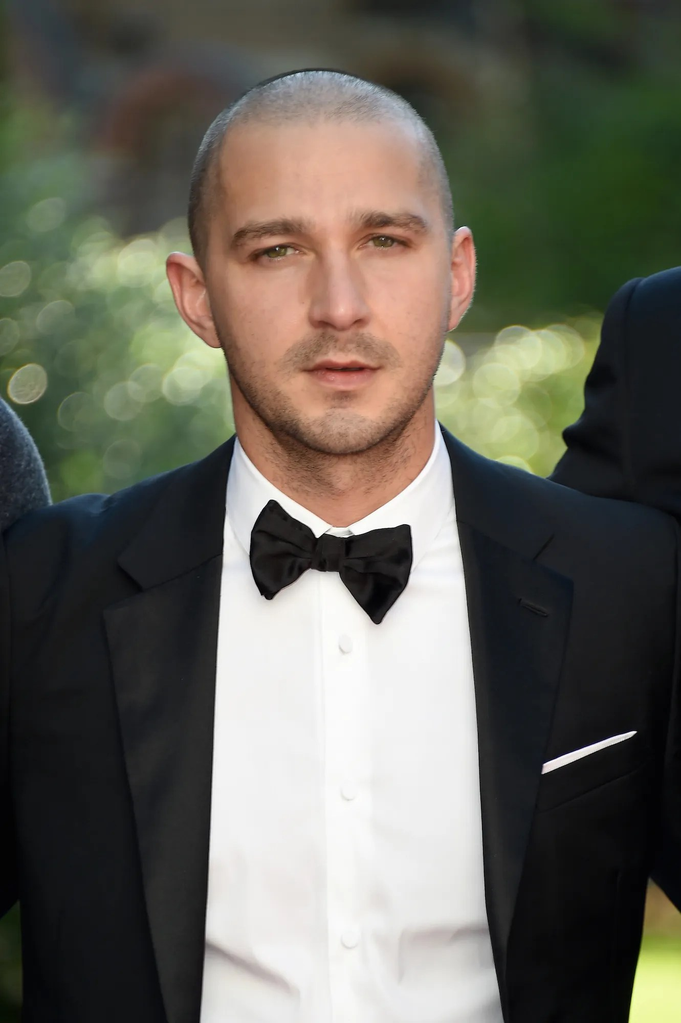 View yourself with this Shia LaBeouf Short Wavy Hairstyle