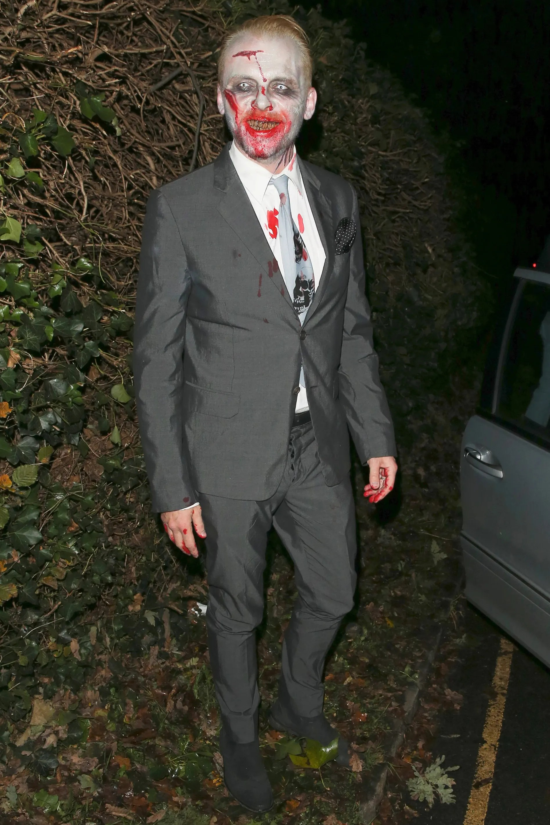 Simon Pegg (as zombie), 2013