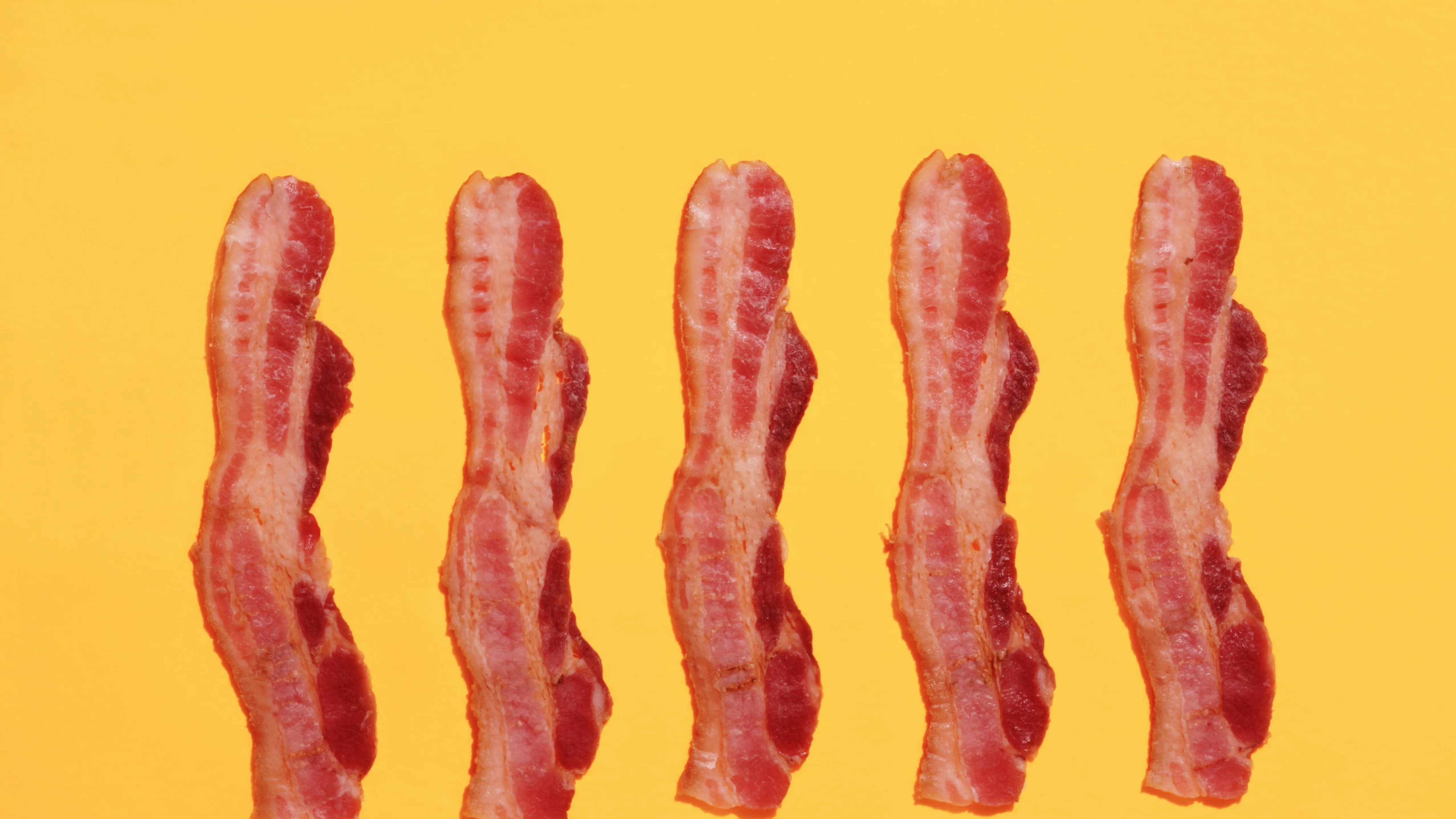 https://i0.wp.com/media.gq.com/photos/590dd3139fe30f3d4ab08547/16:9/pass/gq-bacon.jpg
