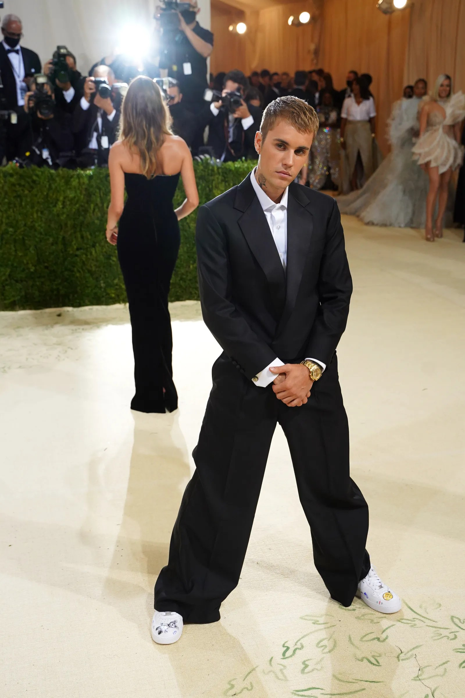 NEW YORK NEW YORK SEPTEMBER 13 Justin Bieber attends 2021 Costume Institute Benefit In America A Lexicon of Fashion at ...