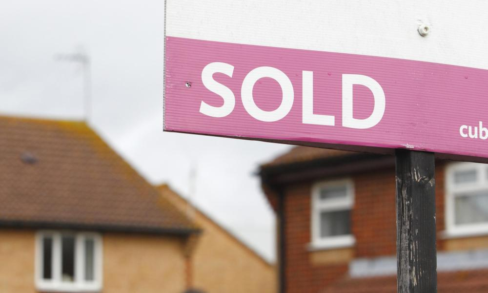 House prices<br>File photo dated 02/10/12 of an estate agent's 'Sold' sign outside a property, as house prices in the UK will rise by 6% next year, according to a new forecast. PRESS ASSOCIATION Photo. Issue date: Tuesday December 22, 2015. East Anglia prices were predicted to lead the way with an increase of 8%, according to the Royal Institute of Chartered Surveyors' (RICS) forecast for 2016. See PA story MONEY HousePrices. Photo credit should read: Chris Ison/PA Wire