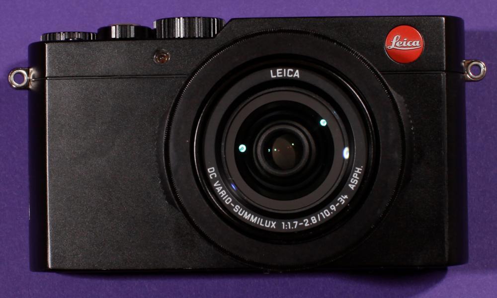 the Leica D