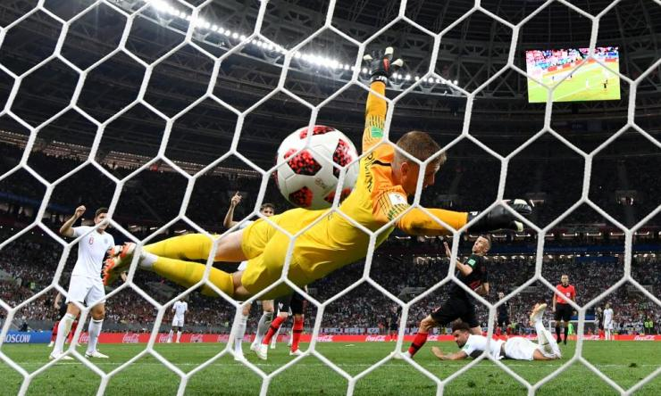 Ivan Perisic of Croatia scores his team's first goal past Jordan Pickford