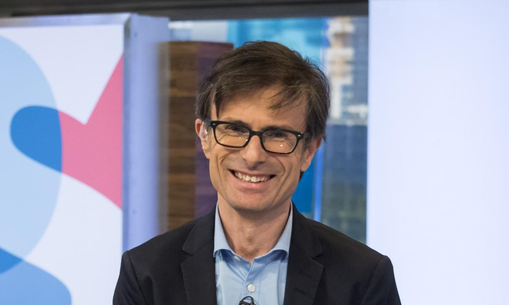 '@Peston get a haircut, put on a tie and generally smarten up': Nicholas Soames laid into Robert Peston, whose witty riposte was, 'Errr. Eff off'.