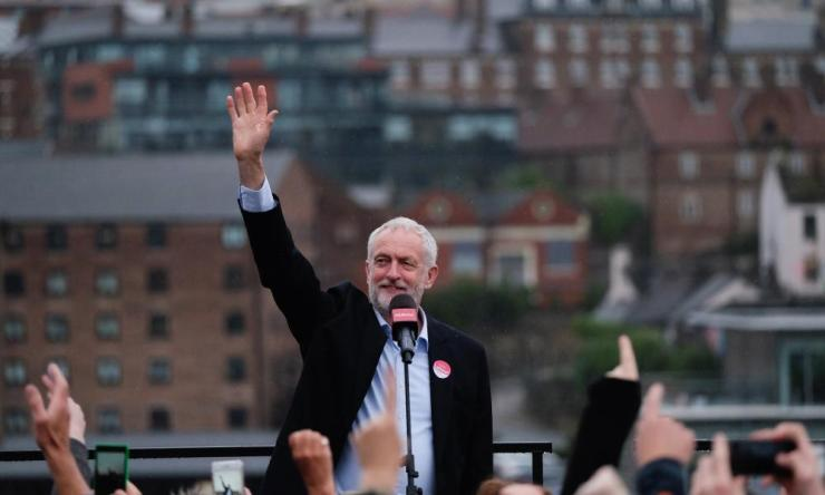 Jeremy Corbyn delivers a speech to thousands at a rally in Gateshead.