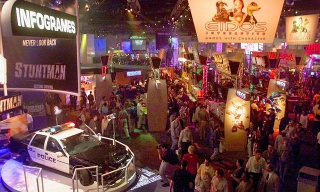 The chaotic E3 showfloor, as captured way back in 2001, when now defunct French publisher Infogrames was still a big enough player to bring a police car into the convention centre