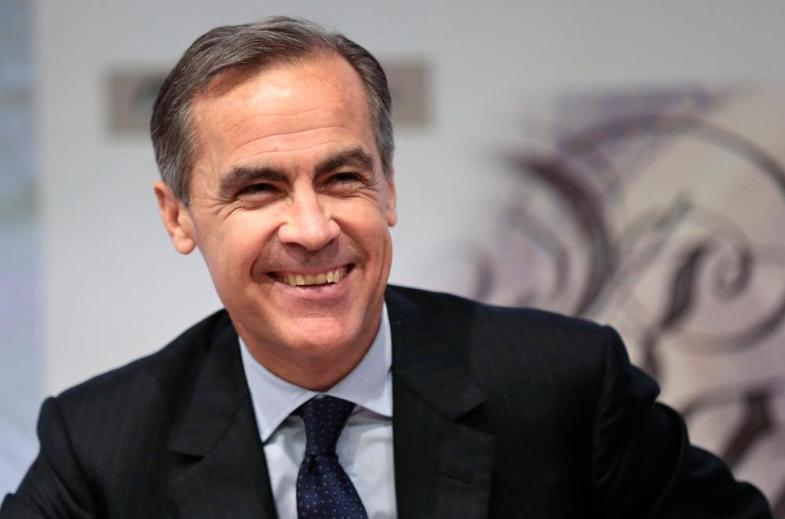 Bank of England governor Carney smiles during a news conference at the Bank of England in London<br>Bank of England governor Mark Carney smiles during a news conference at the Bank of England in London, Britain December 1, 2015. The Bank of England set out plans on Tuesday to require banks to hold a total of up to 10 billion pounds more capital as they start to lend more freely in a recovering economy, but stopped short of demanding immediate action.REUTERS/Suzanne Plunkett