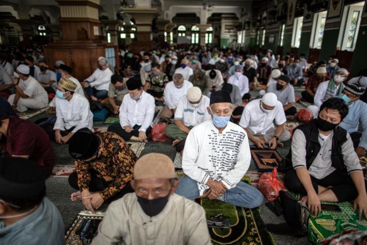 Al-Azhar mosque in Jakarta.