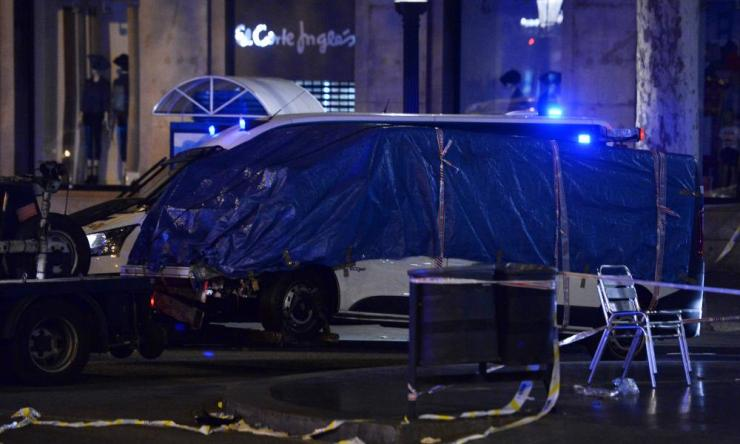 The van was removed from La Rambla overnight.