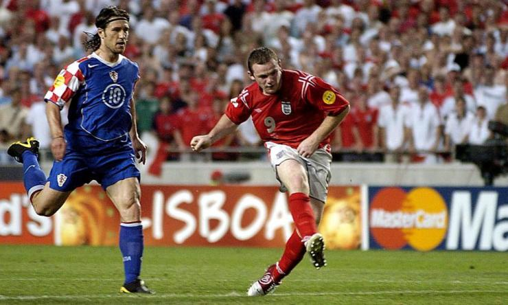 Rooney sees off Croatia at Euro 2004.