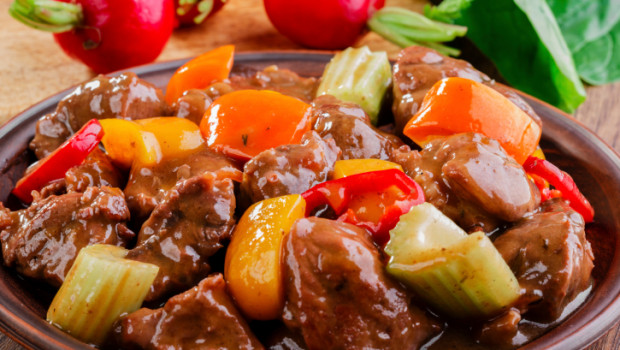 Goulash  Ricette carne  Alessandro Borghese