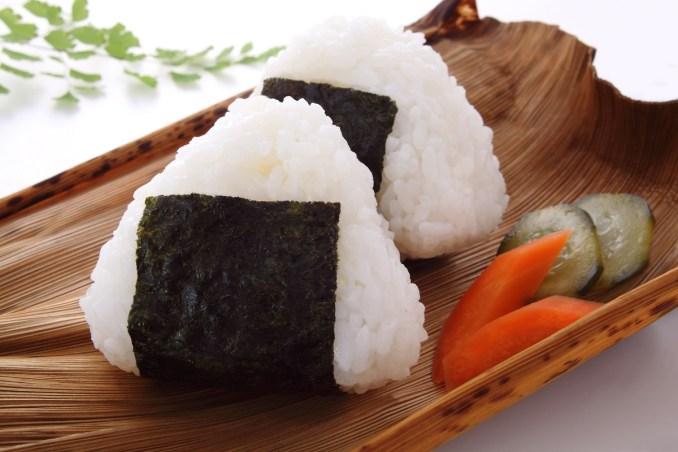 Onigiri | Ricetta giapponese