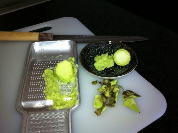 Ecco la ricetta della salsa al wasabi da usare con il sushi