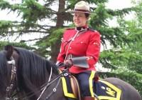 پلیس سوارهنظام سلطنتی کانادا (RCMP) اجازهٔ استفاده از حجاب را به مأمورانش خواهد داد