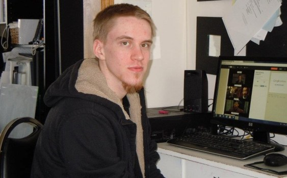 پلیس انتاریو مرد کانادایی هوادار داعش را به ظن تدارک حملهٔ انتحاری به تورنتو کشت