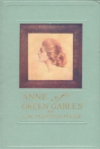 تصویر جلد نخستین چاپ کتاب «آن در گرین گیبلز» نوشتهٔ مونتگومری. منتشرشده در سال ۱۹۰۸