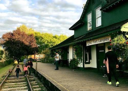 معرفی دهکدهٔ زیبای فُرت لنگلی و اثر تاریخی و ملی در شهر ونکوور