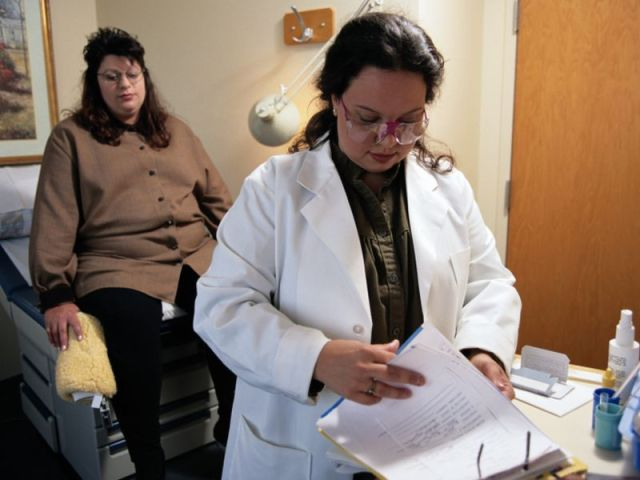News Picture: Many Breast Cancer Survivors Don't Get Life-Extending Therapy