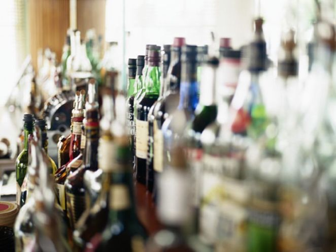 News Picture: Heavy Drinkers Put Themselves at Risk for Dementia