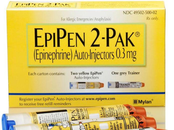News Picture: FDA Warns of Defective EpiPen Dangers