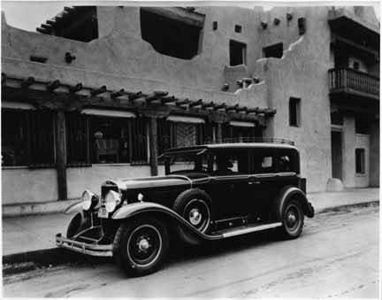 1929-pogCadillac_Indian_Detour_car_in_front_of_La_Fonda_Hotel_Santa_Fe_New_Mexico