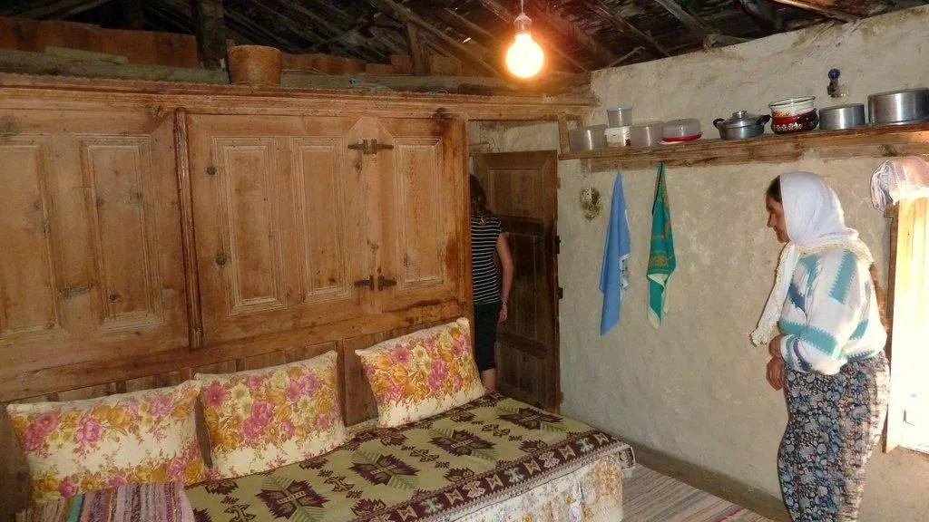 """Bild """"Altes Bauernhaus (Innenraum)"""" zu Tour & Ausflug in Manavgat"""