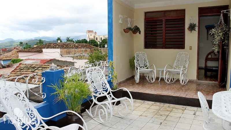chair covers for rent in trinidad vintage herman miller book online hostal casa carmen y pedro media luna ernesto valdes house s terrace view with old city