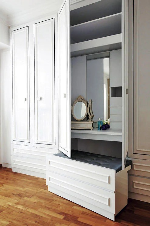 How To Squeeze A Dresser Or Vanity Table Into Your Bedroom Home Decor Singapore