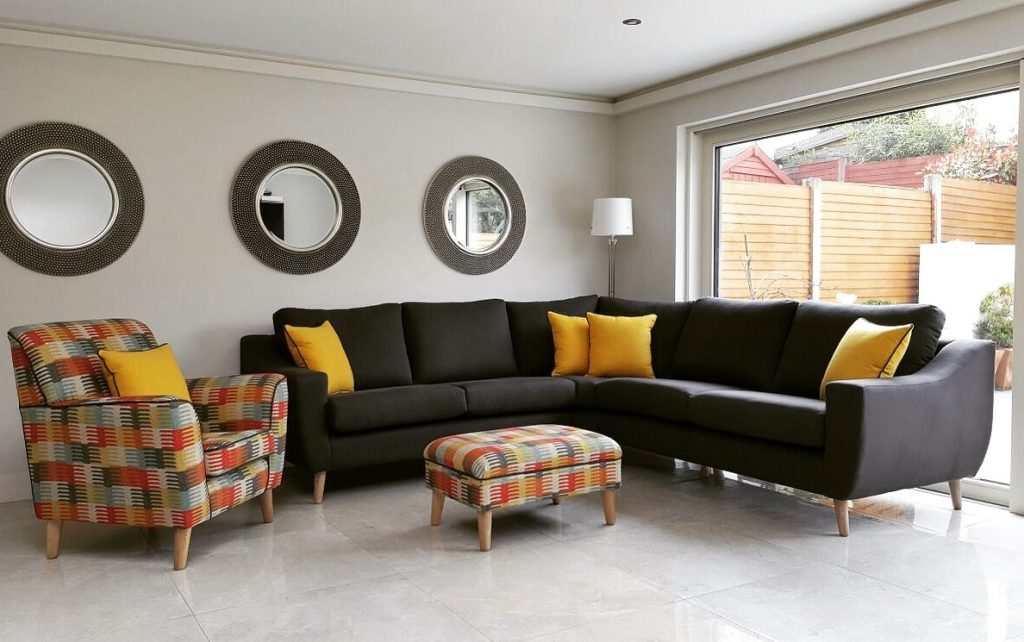 bolia outlet sofa cama precios the big guide 5 shops you need to know about when buying your this corner unit will most likely suit a bigger space but so good can tailor make couches fit living meaning if d prefer it