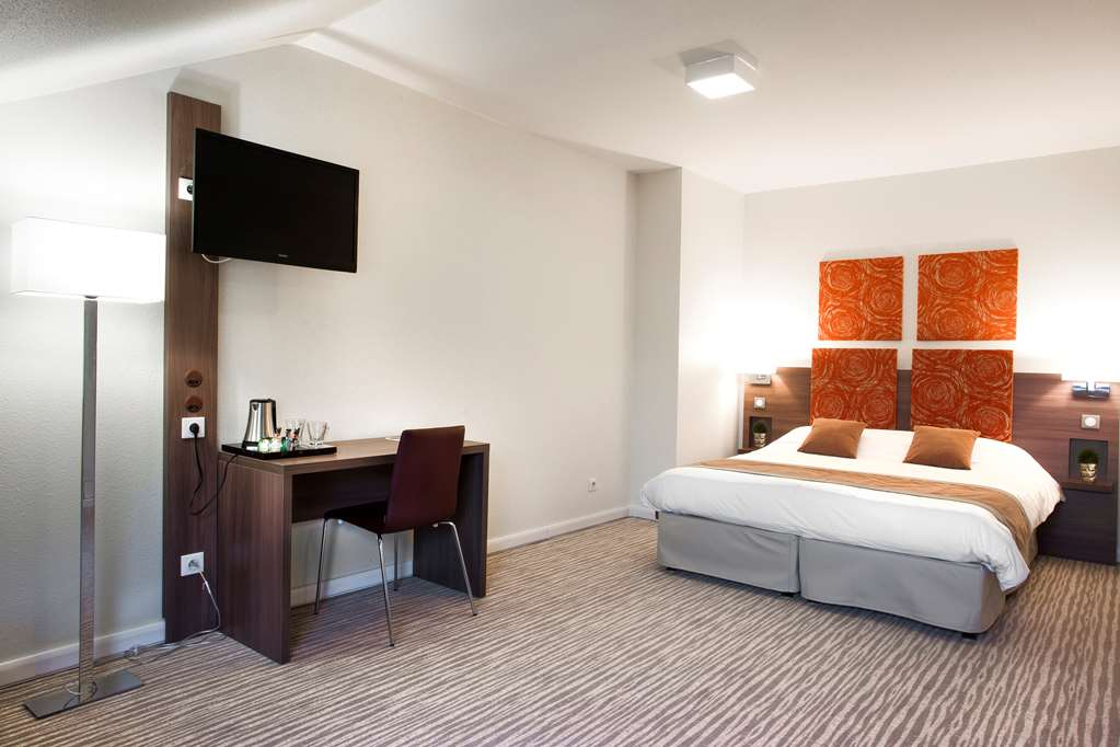Hotel Kyriad Chambery Centre Curial Reserver Une Chambre
