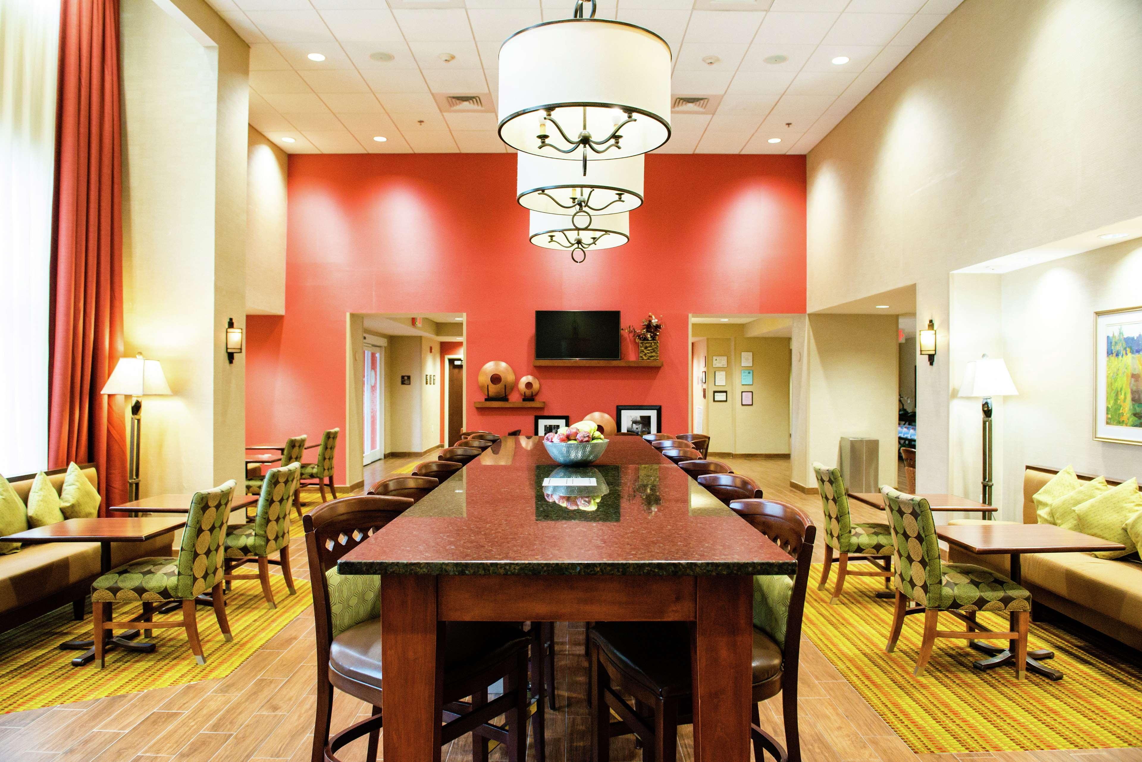 Hampton Inn Suites Jacksonville Nc Onslow 1 5 9 Price Address Reviews