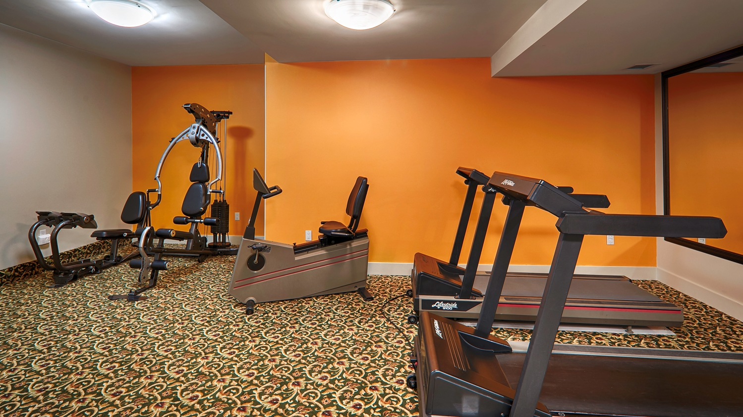 Best Western Peace Arch Inn Surrey Bc See Discounts