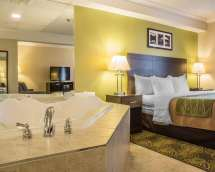 Comfort Inn & Suites Peterborough