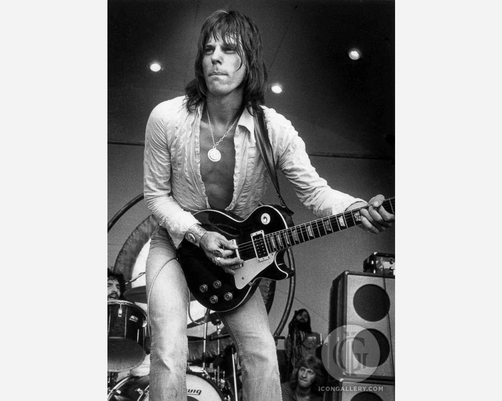 hight resolution of jeff beck by barrie wentzell