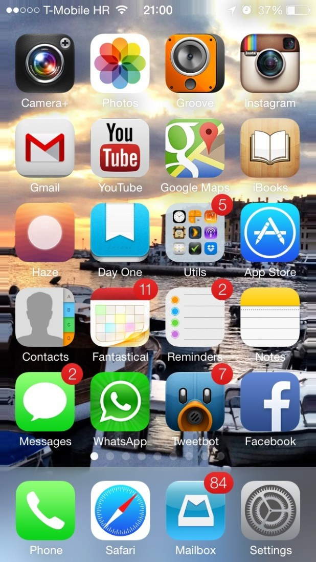 Ios 7 Wallpapers Panoramic On Home Screen 001