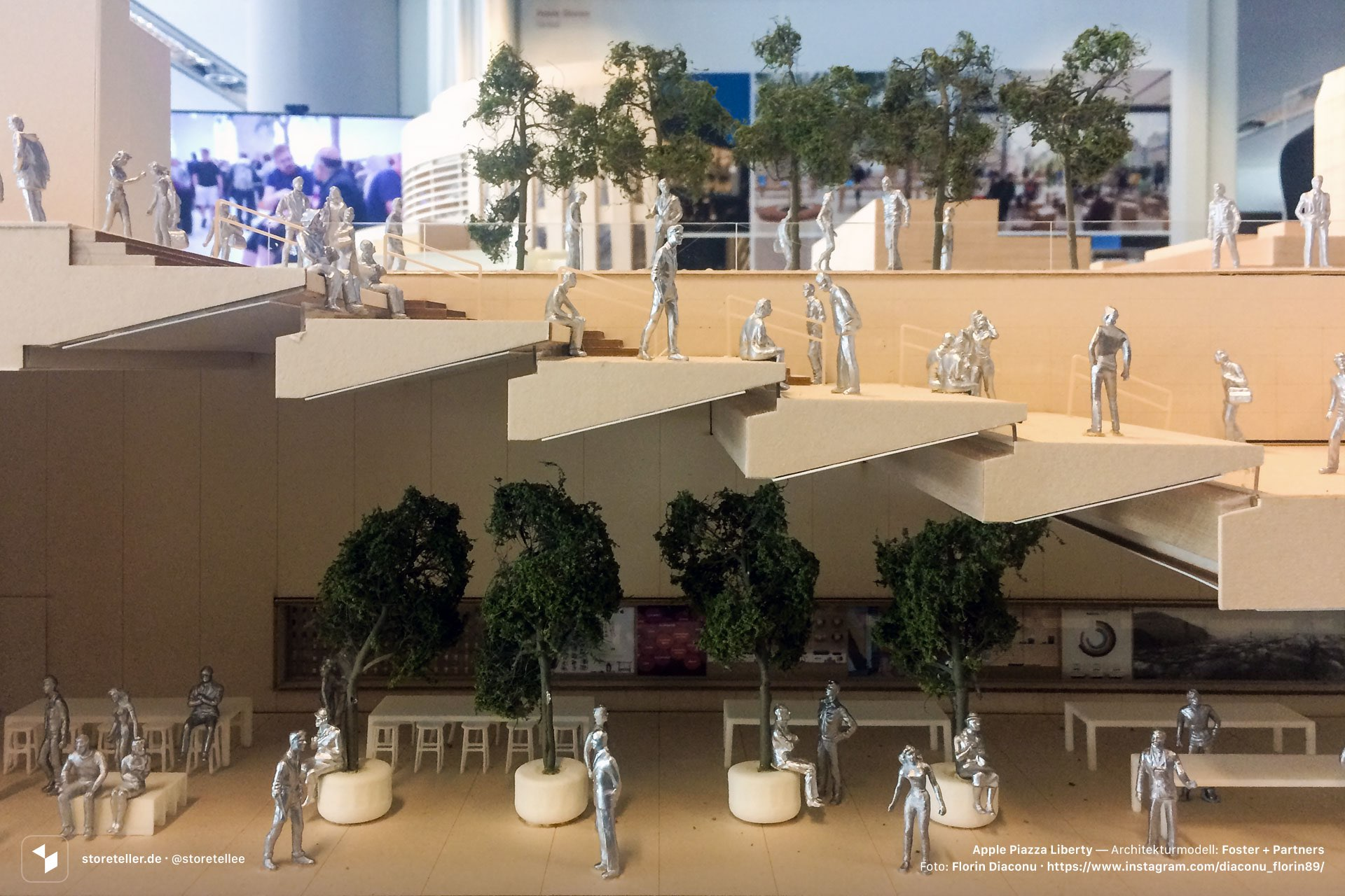 Check out the architectural model of Apples newlyopened