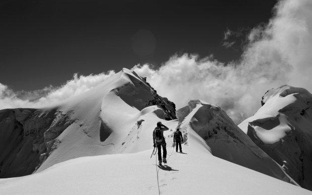 Mountain_Pass_-_MacBook_Pro_Wallpaper mountain wallpaper