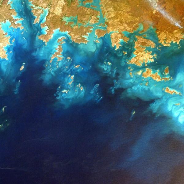 sea-from-sky-earthview-art-nature-ipad-pro wallpaper
