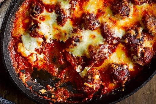 Meatball and mozzarella pan bake