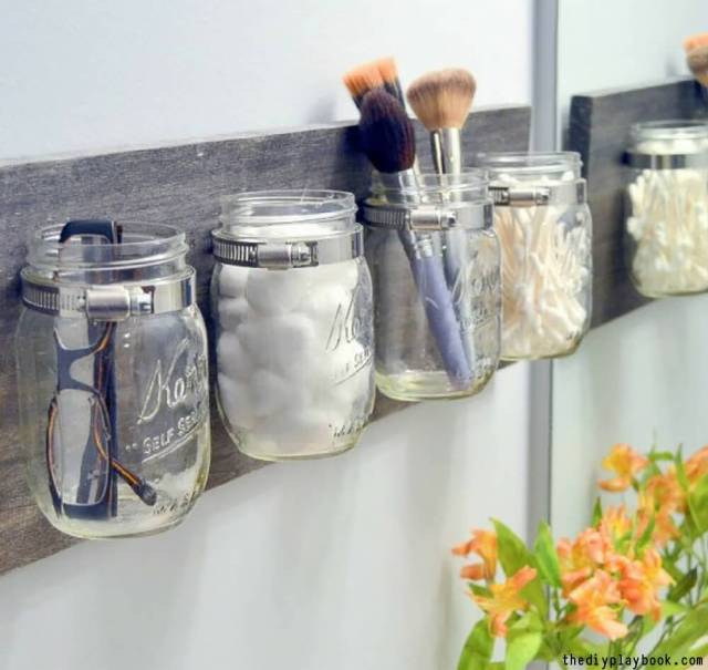 Vintage Bathroom DIY Wall Decor