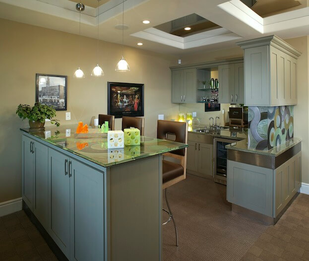 common features of kitchens designed for men