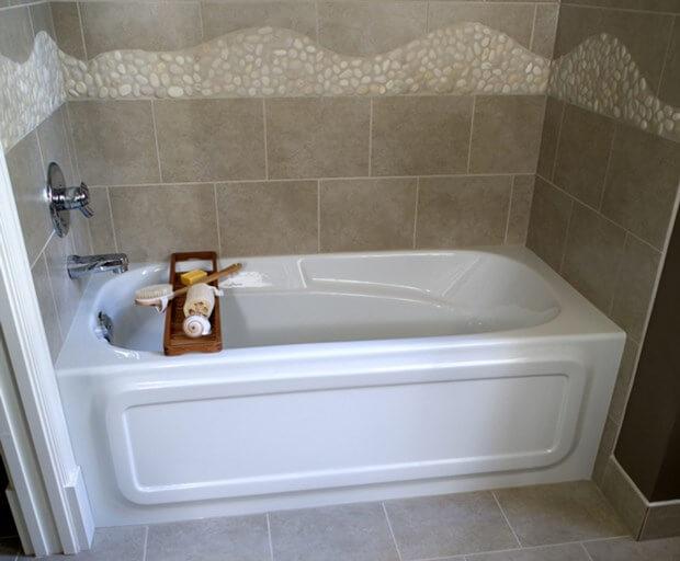 how to re caulk a bathtub bathroom