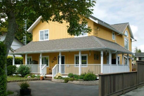 7 farmhouse landscaping ideas