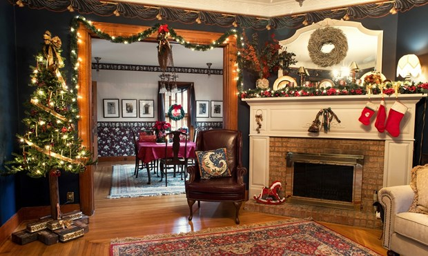 Christmas Decorating Ideas For Fireplace Mantel