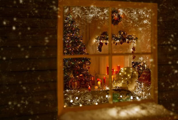 Decorating Your Windows For The Holidays