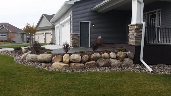 2018 landscape boulders cost