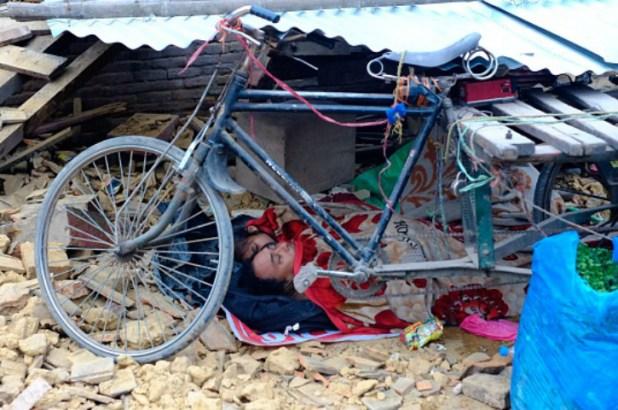 Family under rickshaw nepal