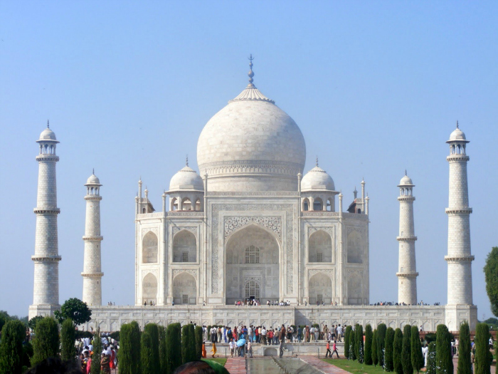 https://i0.wp.com/media.indiatimes.in/media/content/2015/Oct/taj-mahal-700_1443939281.jpg