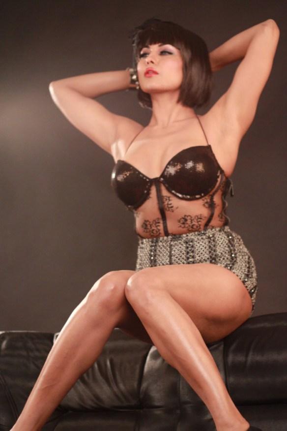 Veena Malik Foto De Desnudo Foto Invitado Turismo En Ecuador